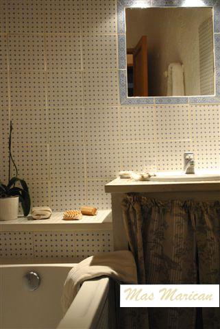 Salle de bains de la chambre 1